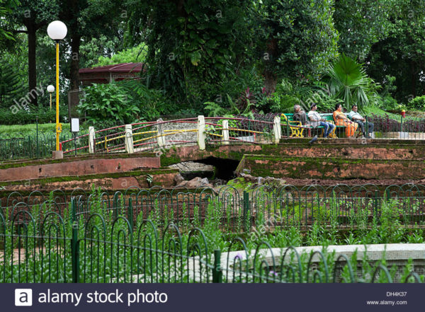 10-parques-urbanos-impactantes-por-el-mundo-kamala-nehru-park-garden