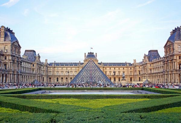 louvre-historia-del-museo-ms-famoso-de-francia