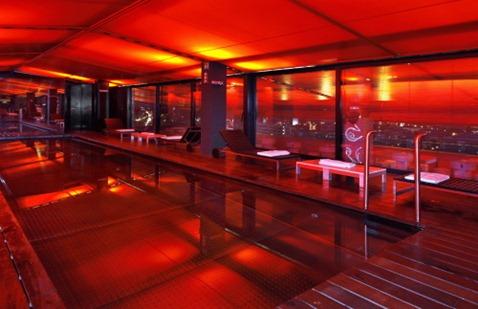 Hotel Silken piscina cubierta