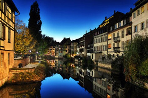 350px-Strasbourg_la_petite_france