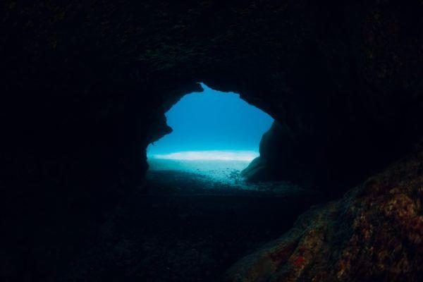 Donde bucear lanzarote cueva