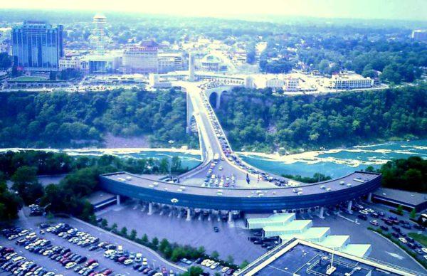 Espectacular imagen del Raimbow Bridge