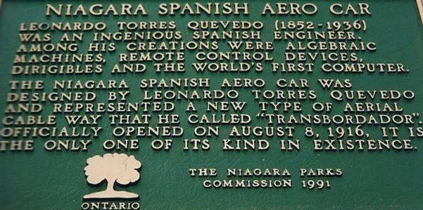 Placa de reconocimiento al inventor del primer teleférico que transportó personas. Leonardo Torres y Quevedo.