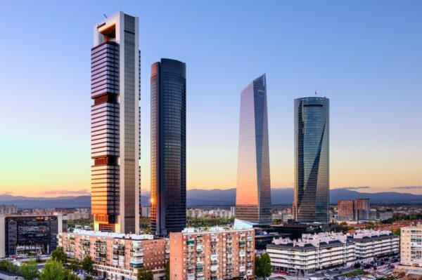 Guia madrid atractivos turisticos cuatro torres
