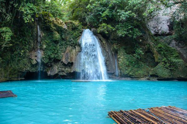 como-viajar-a-el-nido-filipinas-cebu-istock
