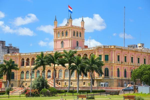 paises-baratos-para-vivir-paraguay-istock