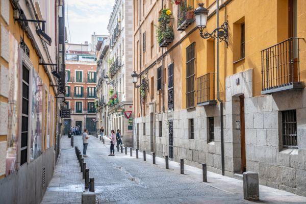 Calles traseras del barrio de Huertas de Madrid