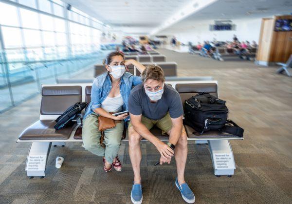 Viajeros esperando