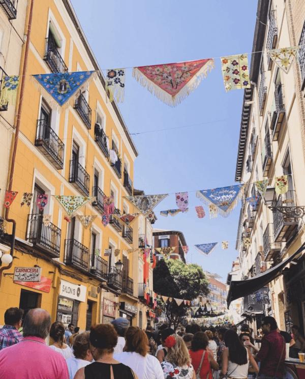 Fiestas de la Paloma 2021 en Madrid: origen, cuándo es y las mejores formas para celebrarlo terrazas