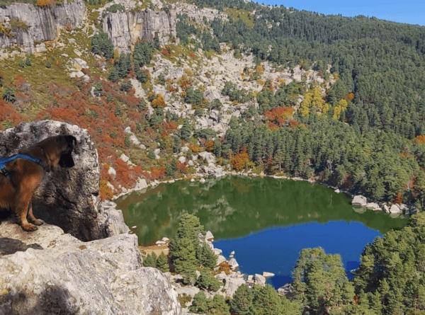 Las mejores rutas de España para disfrutar de la montaña Laguna Negra Soria