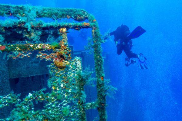 Mejores sitios de europa para bucear El naufragio del Zenobia en Larnaka 1