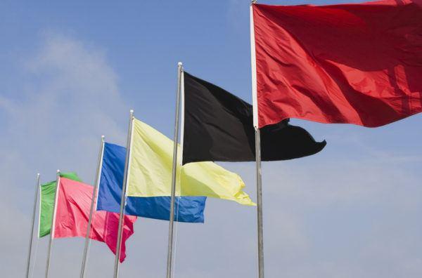 Banderas de la playa colores