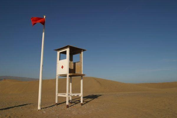 Playa bandera roja