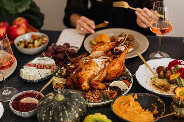 Pavo asado y cena Acción de Gracias