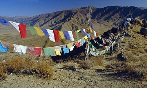 banderas_tibet