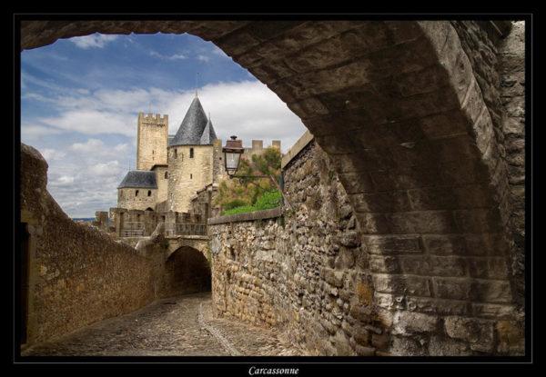 carcassone-un-castillo-perdido-en-francia-puente