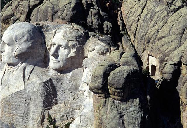 10-curiosidades-sobre-el-monte-rushmore-camara-secreta