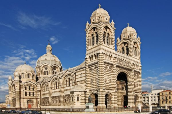 catedral-de-marsella-las-tres-mayores-fachada