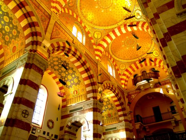 catedral-de-marsella-las-tres-mayores-interior