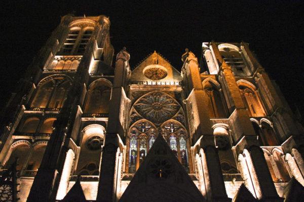 iluminacion-nocturna-bourges