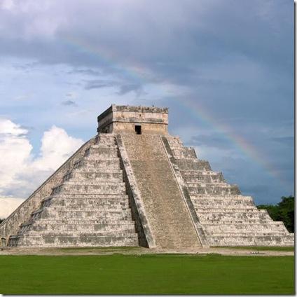 mayas_chichen_rainbow