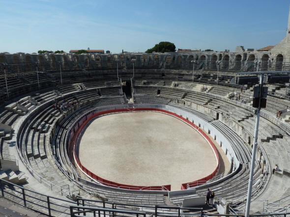 arles-romanos-en-francia-MONUMENTOS-Anfiteatro