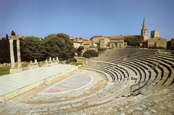 arles-romanos-en-francia-MONUMENTOS-teatro-romano