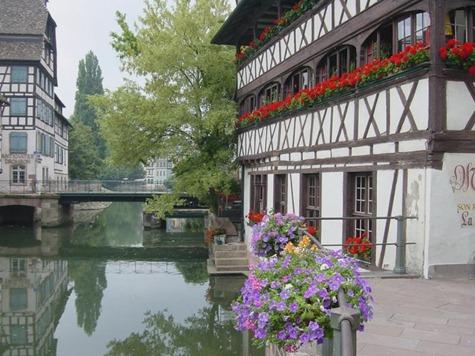 31732157.StrasbourgPetiteFrance025