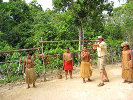 target-practice-with-the-blow-gun-at-yagua-village