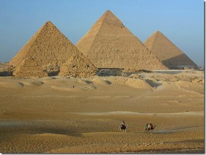 Piramides-de-Gizah_thumb.jpg