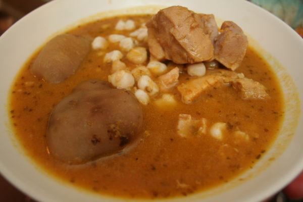 comidas-tipicas-de-bolivia-sopa-boliviana