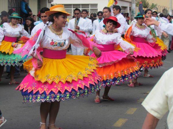 trajes-tipicos-del-ecuador