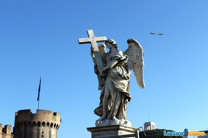 castillos-san-angelo-estatua