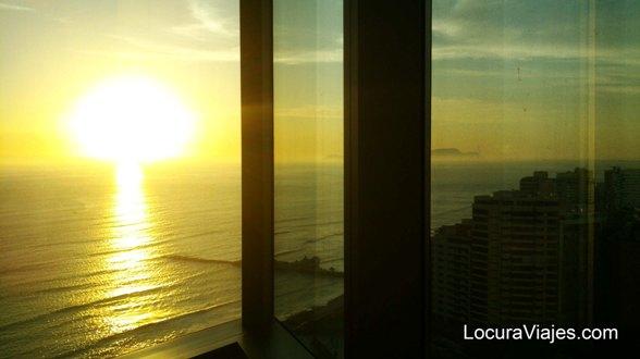 atardecer en Lima desde el JW Marriott