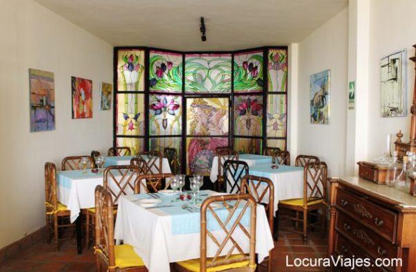 club colonial cafe restaurante