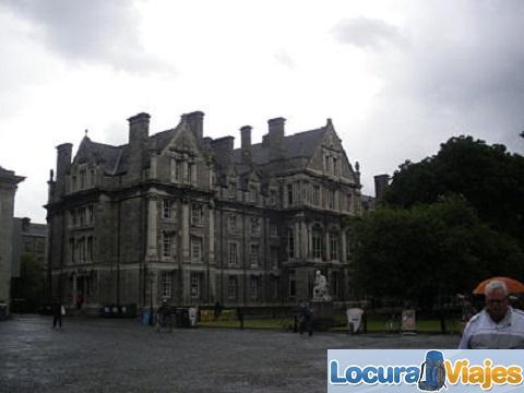 El-Trinity-College