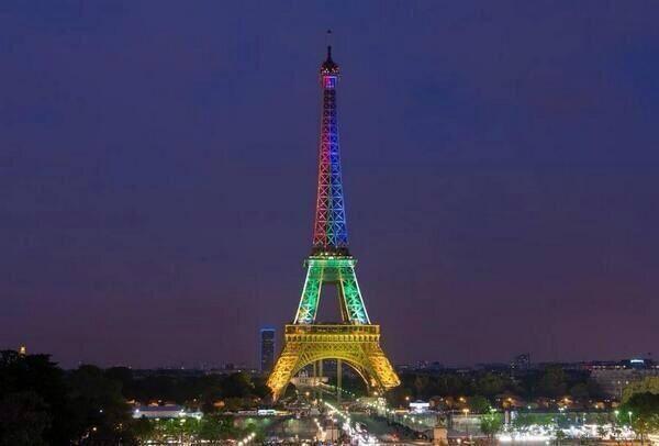 19-lugares-de-paris-que-visitar-historia-y-monumentos-torre-Eiffel