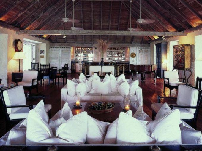 las-fotos-de-los-10-mejores-resorts-del-caribe-Cotton-House-Great-Room