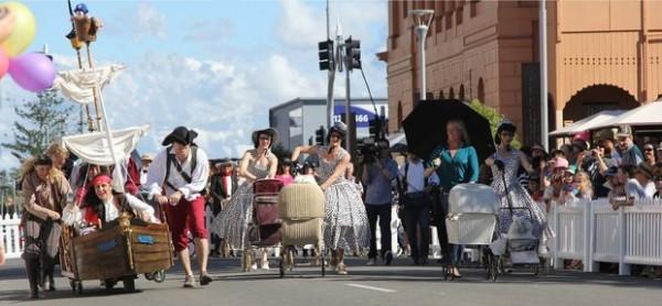 14-viajes-y-destinos-mas-divertidos-y-fuera-de-lo-comun-del-2014-Mary-Poppins-Festival-Australia
