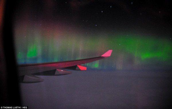 10-mejores-sitios-para-ver-la-aurora-boreal-desde-un-avion