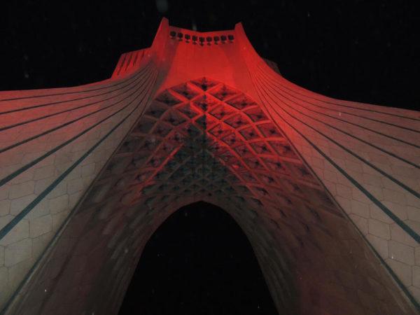 cultura-persa-torre-libertad-2