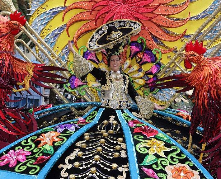 carnaval-tenerife-coso-cabalgata
