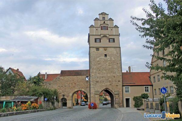 Dinkeslbühl-Nördlinger-Tor