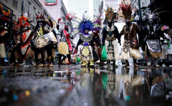 carnaval-de-nueva-orleans-2016-mardi-gras-calle-desfile