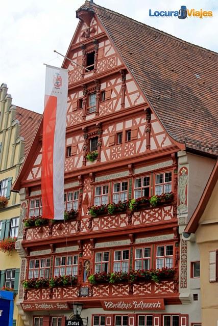 dinkelsbuhl-Deutsches-Haus