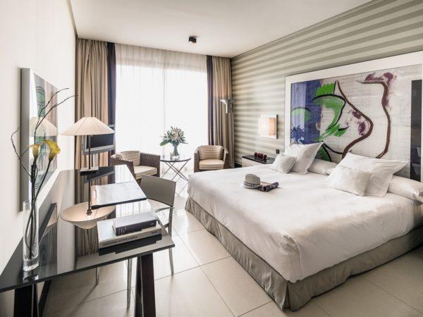 Hotel de 5 estrellas en c diz barcel sancti petri spa for Cuarto de hotel 5 estrellas