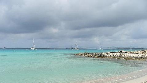 las-300-mejores-playas-de-espana-y-portugal-10-mejores-playa-de-ses-illetes-formentera