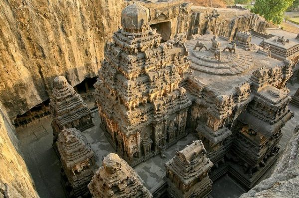 paises-baratos-para-vivir-india-templo-elefanta
