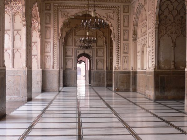 paises-baratos-para-vivir-pakistan-palacio