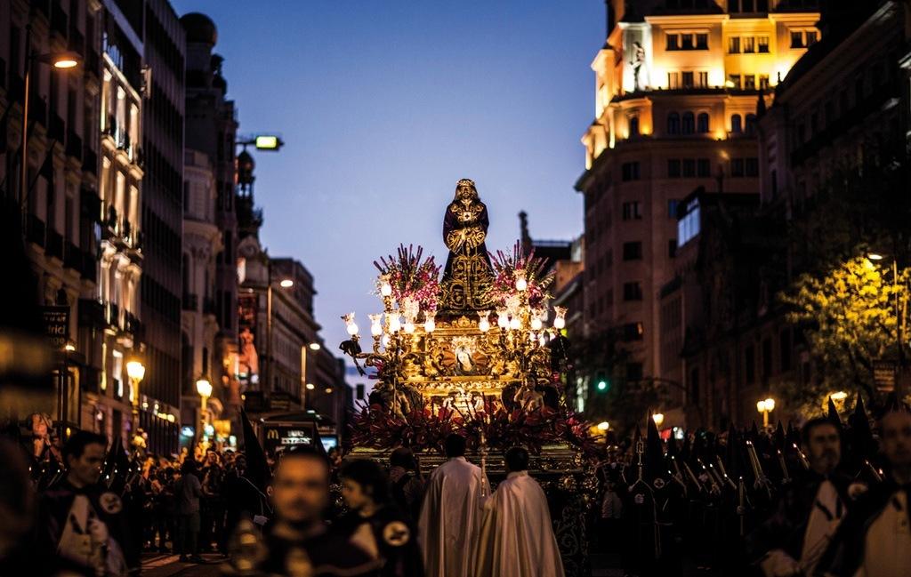 Semana santa 2018 en madrid - Socios del sevilla 2017 ...